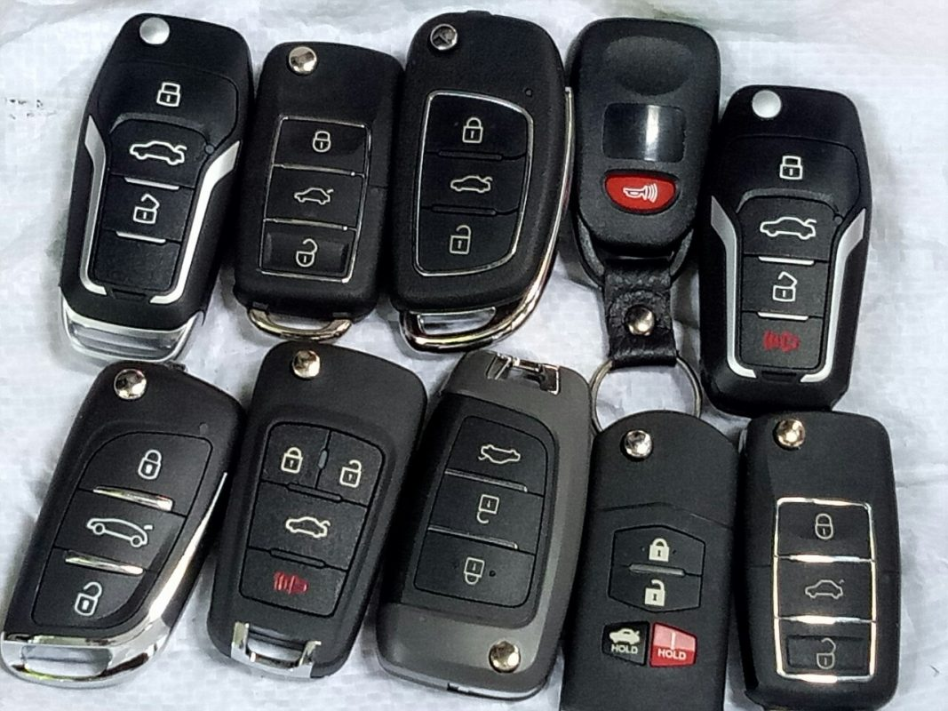 chìa khóa xe hơi
