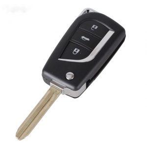 Làm chìa khóa xe corolla altis